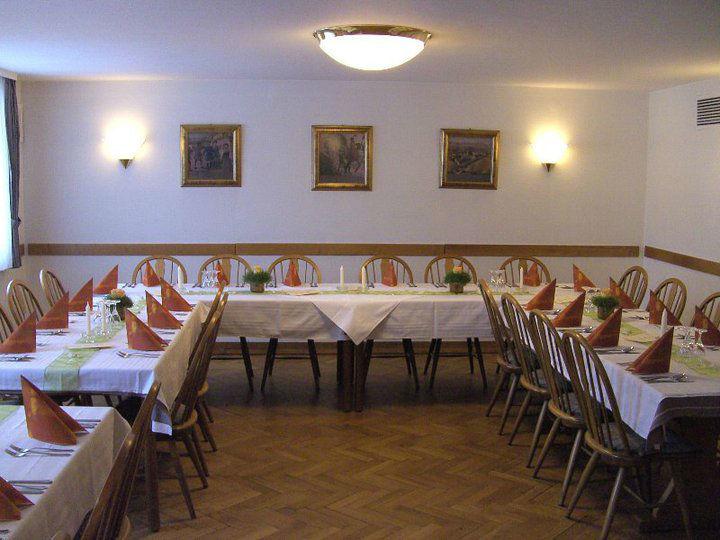Beispiel: Hochzeitstafel, Foto: Gasthof Weisses Rössle.