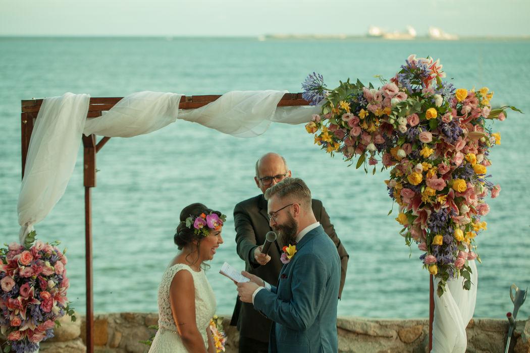 Casamento na praia final da tarde - PE