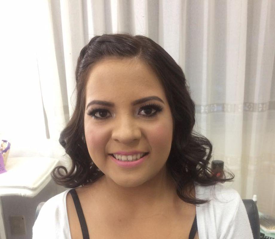 Daniela Oropeza Salón