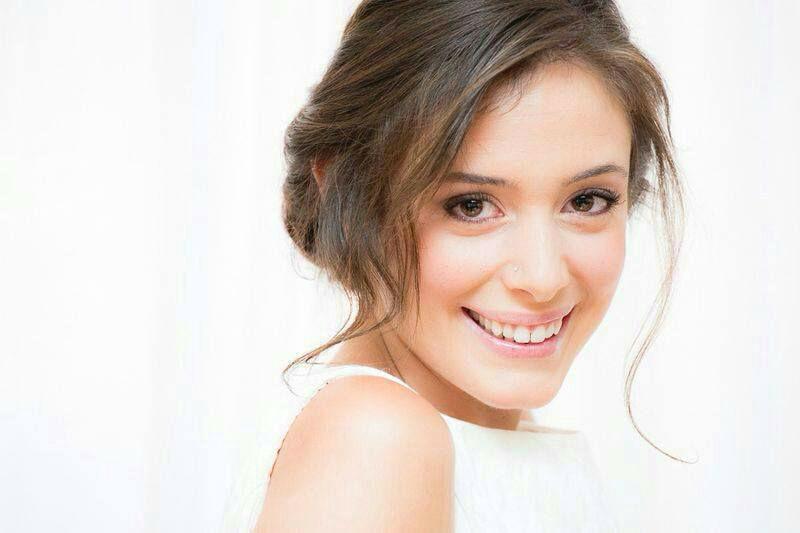Sara Novias