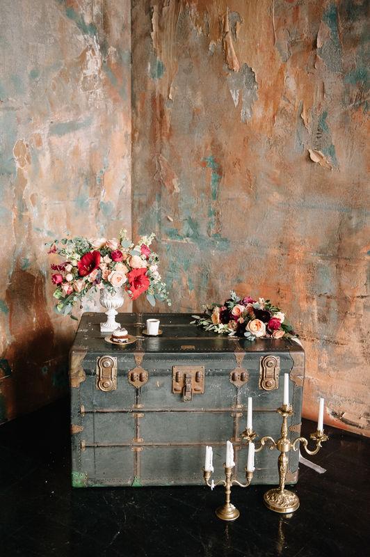 Наши подсвечники на творческой фотосессии. Совместный проект с командой instagram.com/@klimova_wedding