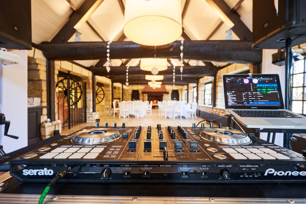 Blackstone Événements : DJ, Musiciens...