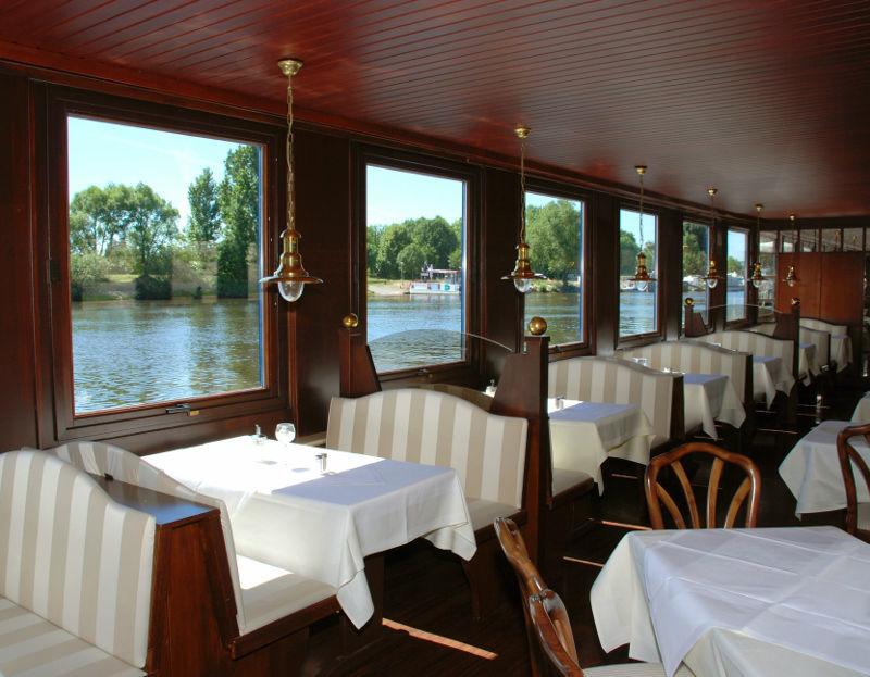 Beispiel: Restaurant, Foto: Café Restaurant Schlott.