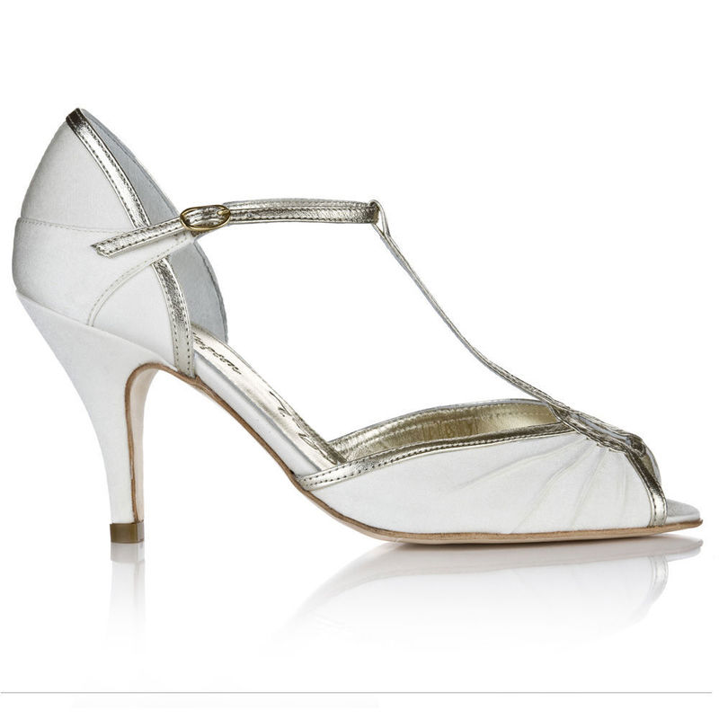 Zapatos Mimi. Puedes adquirirlo en www.egovolo.com