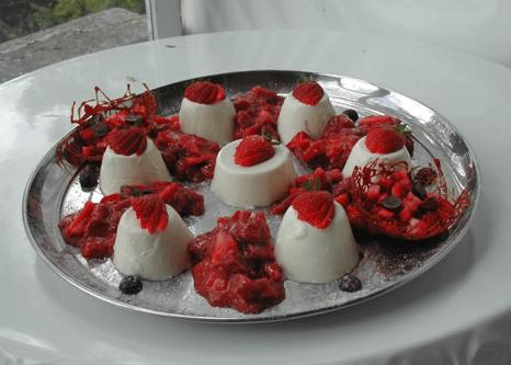 Beispiel: Dessert, Foto: Teehaus Weissenburgpark.