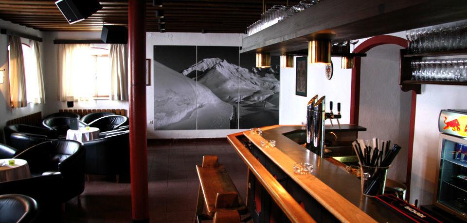 Beispiel: Bar, Foto: Jagdschloss Kühtai.