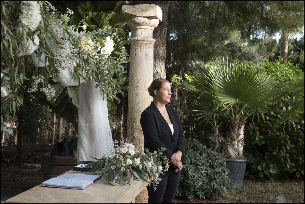 Fanny Bodas - Maestra de ceremonias