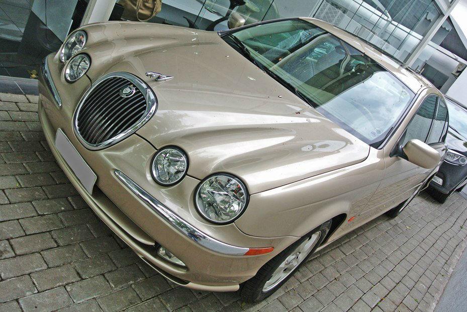 Limos - Aluguel de Carros