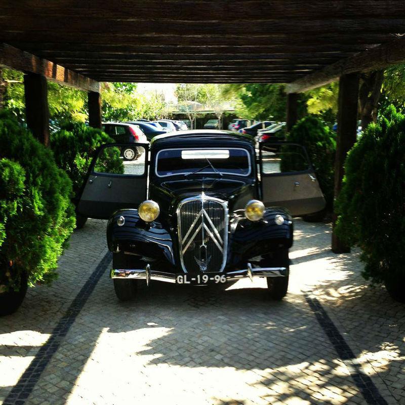 R Limousine