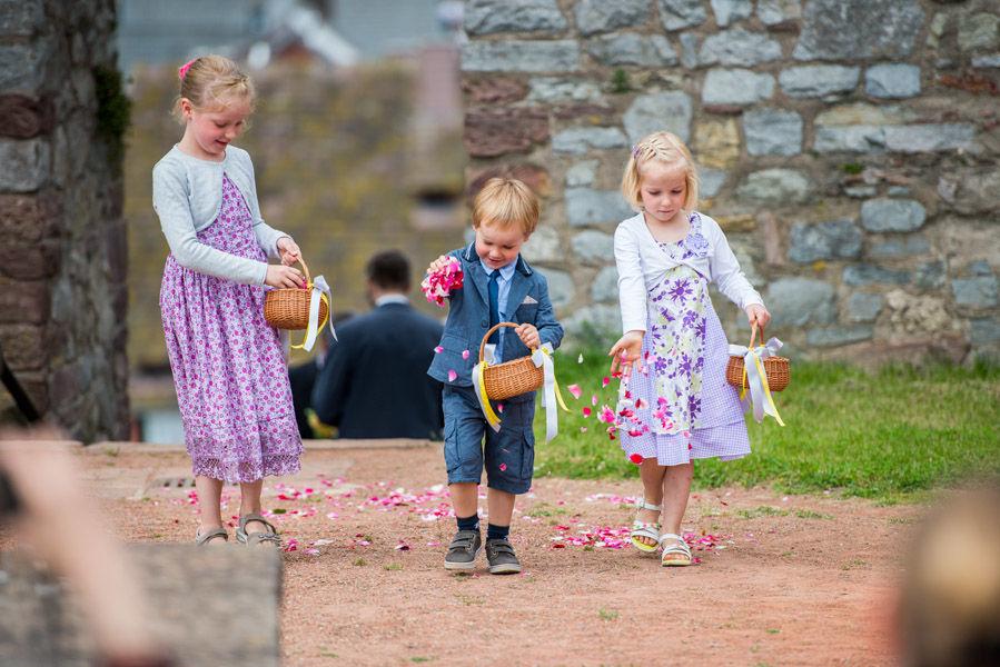 Beispiel: Blumenkinder, Foto: Hochzeitsfotografie Thomas Göbert