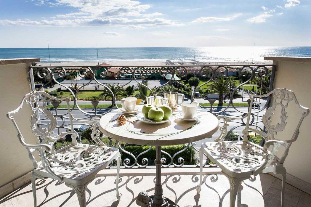 Hotel Il Negresco superior room balcony