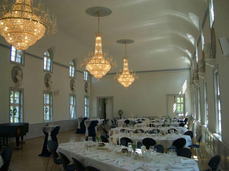 Beispiel: Ihre Hochzeitsfeier im romantischen Stil, Foto: Die-Erlebnishochzeit.de.