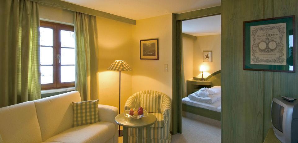Beispiel: Hotelzimmer, Foto: Jagdschloss Kühtai.