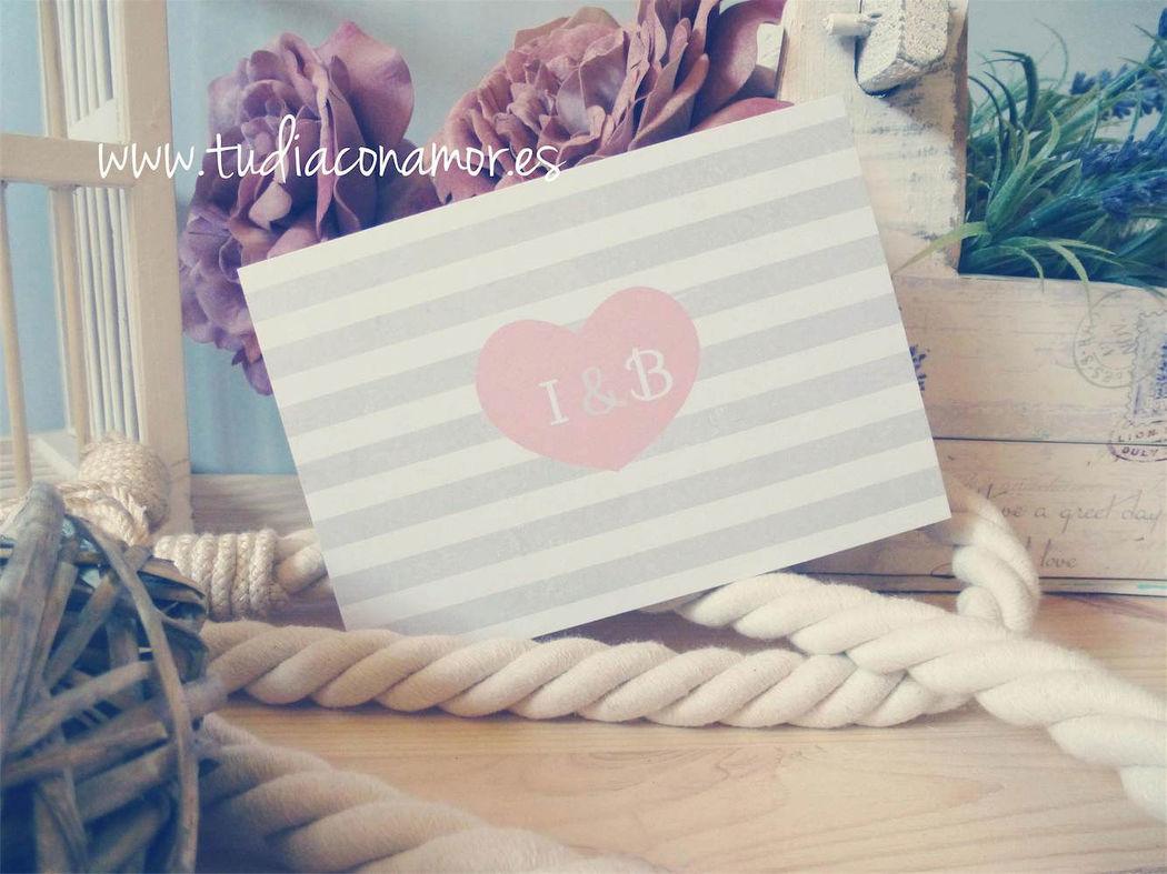 Invitación de boda retro romántica tipo postal