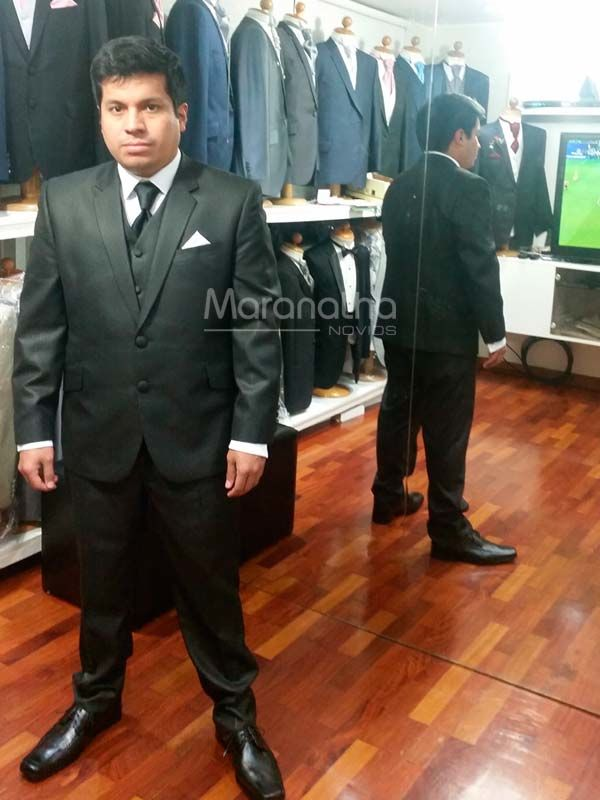 Tuxedo Negro
