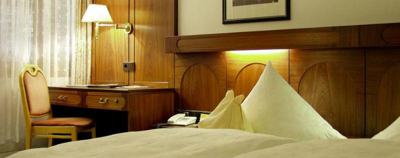 Beispiel: Zimmer, Foto: AKZENT Hotel Altdorfer Hof.