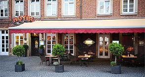 Beispiel: Terrasse, Foto: AKZENT Hotel Tietmeyer.