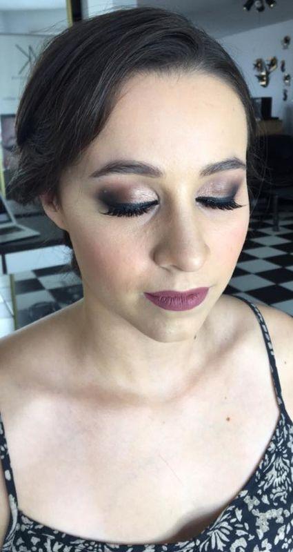 Ak Makeup