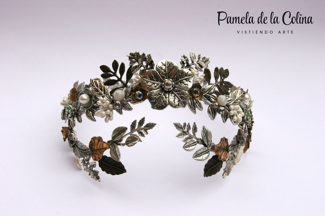 Pamela de la Colina