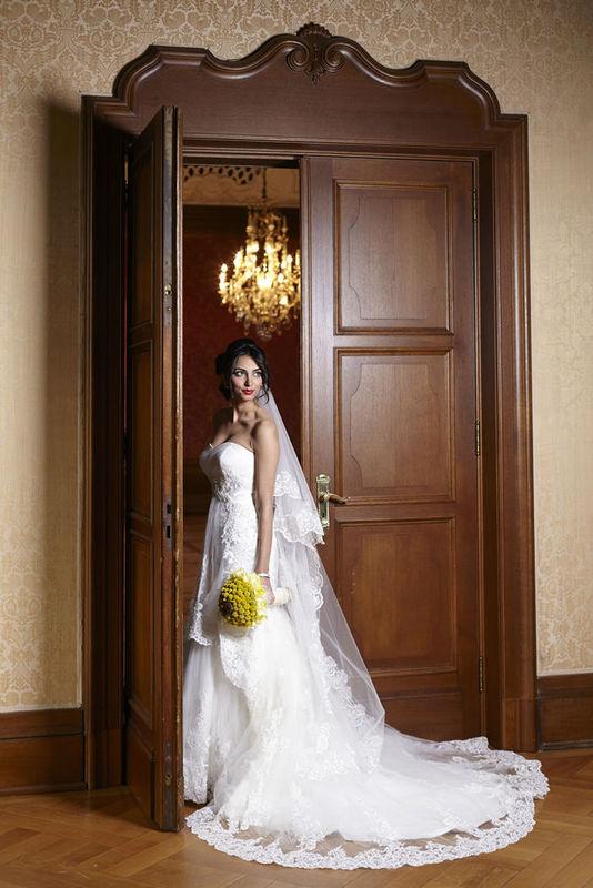 Beispiel: Brautmode, Foto: Belicia Düsseldorf.