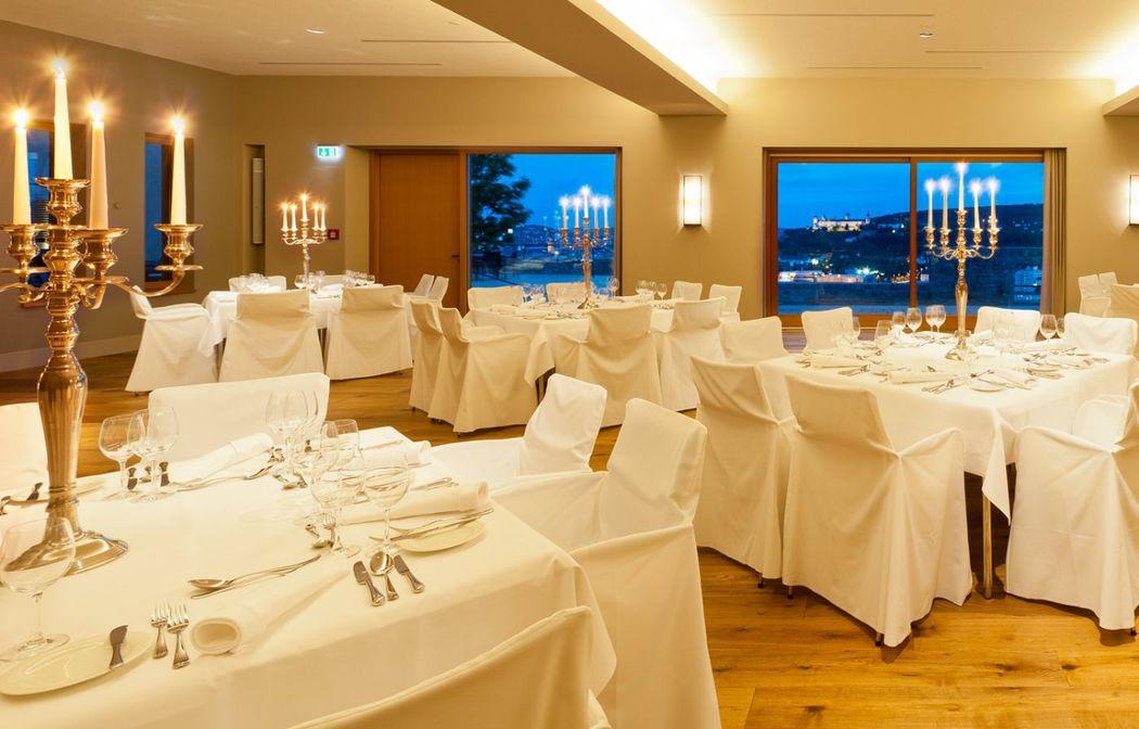 Beispiel: Festsaal, Foto: Schlosshotel Steinburg.