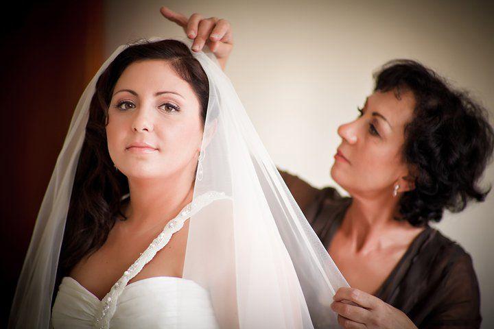 Beispiel: Braut mit Schleier, Foto Kirill Brusilovsky Photodesign.