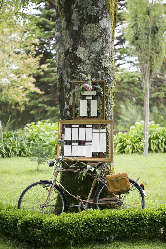 O bairro do amor desenvolveu: Planning e Organização, Decoração, Criação de Linha Gráfica | Fotografia . Paulo Calheiros Atelier de Fotografia | Local . Casa de Quintã