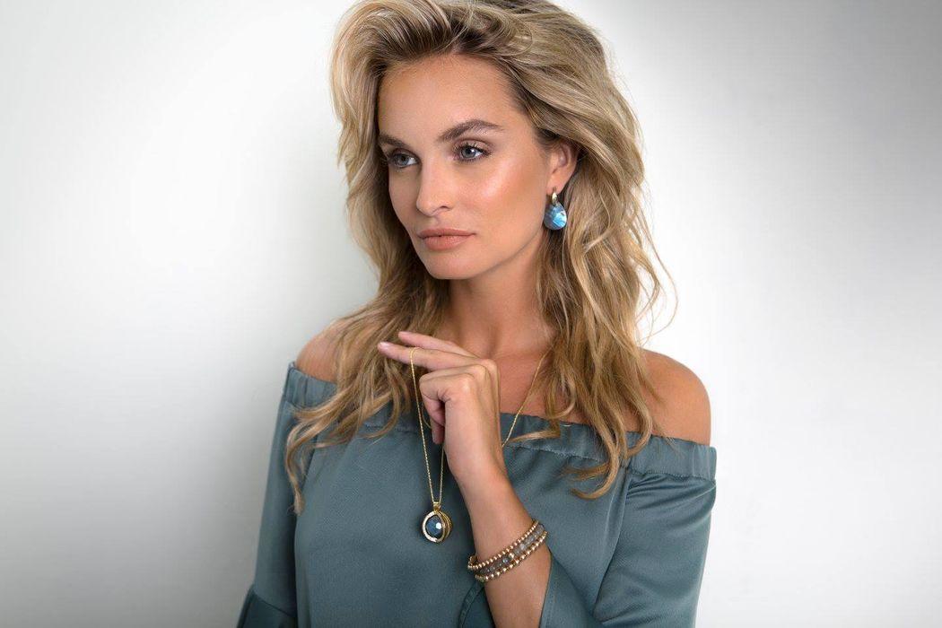 Make Up Artist Charlotte