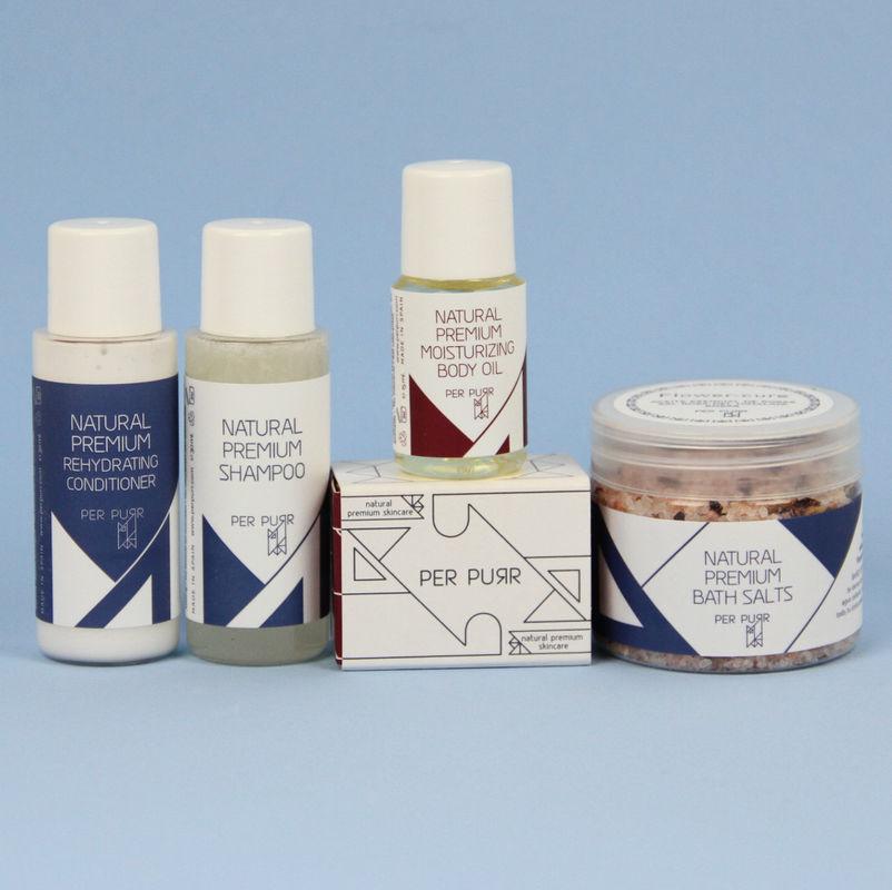Mini jabón, mini champú y acondicionador.  Sales de baño y aceite hidratante. Detalle para recibir tus invitados!