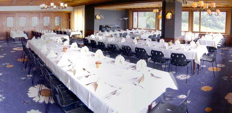 Beispiel: Hochzeitstafel, Foto: Hotel FloraAlpina.