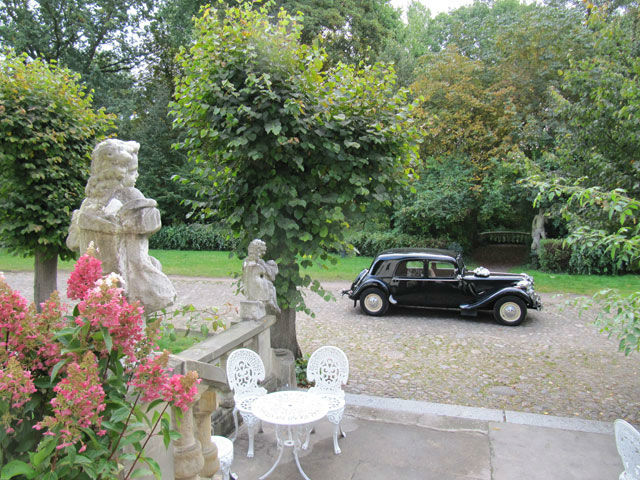 Beispiel: Fahren Sie vor dem Schloss vor, Foto: Schloss Blankensee.