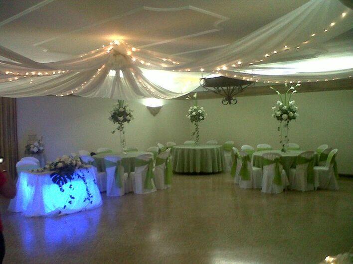 Salón de Eventos Orquídea Real