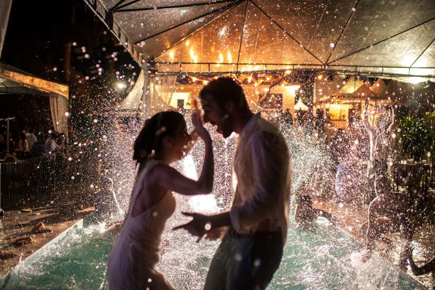 Casamento com direito a piscina!!!