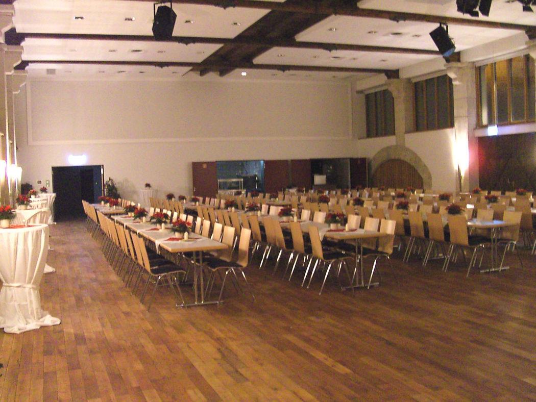 Beispiel: Festsaal für bis zu 250 Personen, Foto: Gasthof Weisses Rössle.