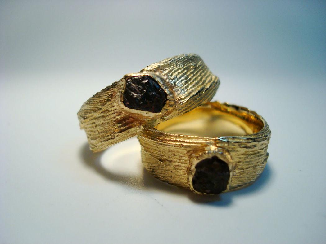 Beispiel: Trauringe - Gold, Foto: Krumpholz - Goldschmiede & Manufaktur.