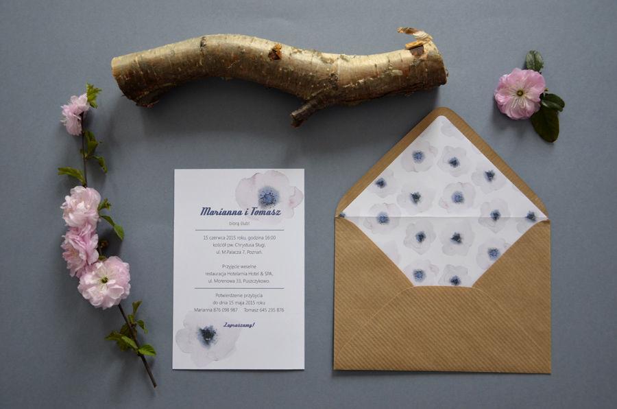 Zaproszenia ślubne Pudrowe anemony z akwarelowymi, malowanymi kwiatami.