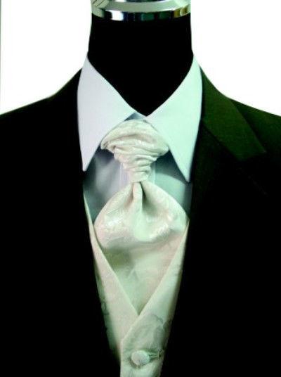 Beispiel: Das perfekte Outfit für Ihren großen Tag, Foto: Romeo Fashion.