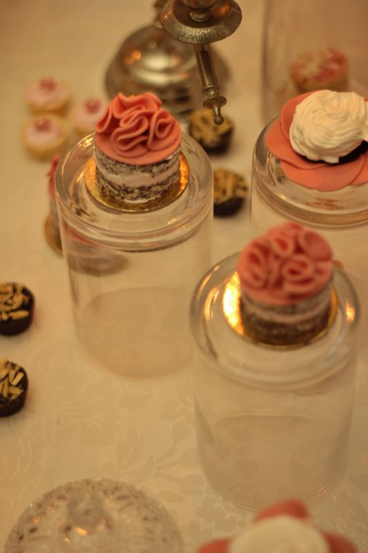 Sweet table design - Lowe Luxury events