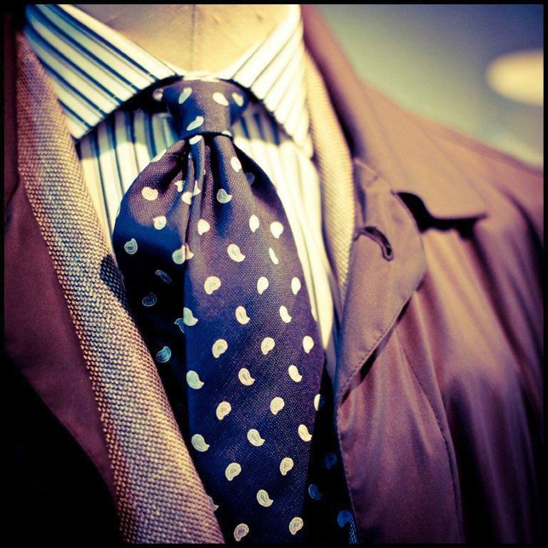 Trajes y accesorios para novios - Foto Pal Zileri