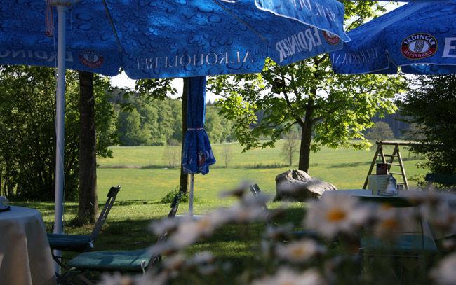 Beispiel: Ambiente Wirtsgarten, Foto: Landgasthof Berg.
