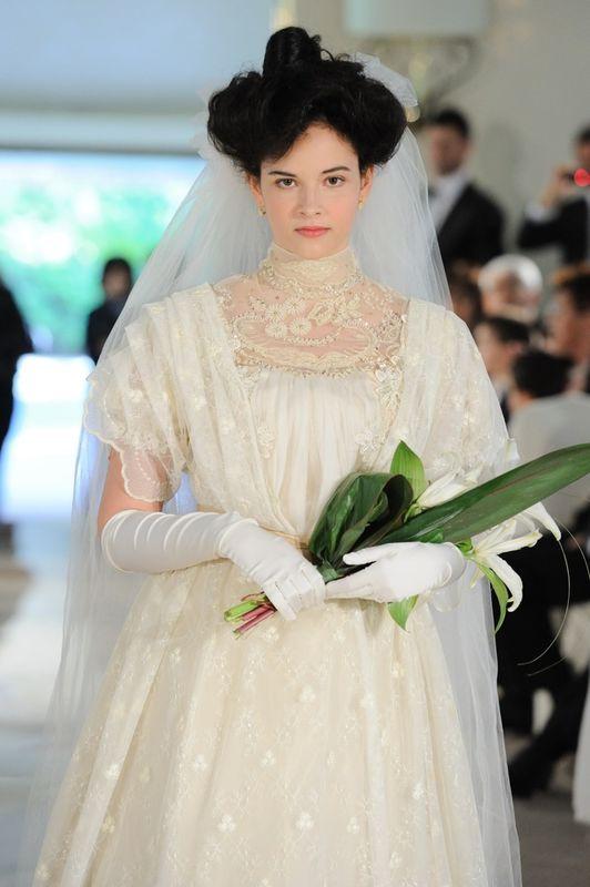 Sfilata di abiti da sposa d'epoca.  La sposa 1905. Realizzata da Yes wedding planner