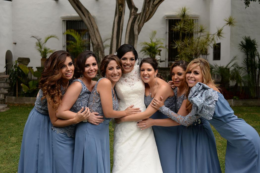 abrazo a la novia