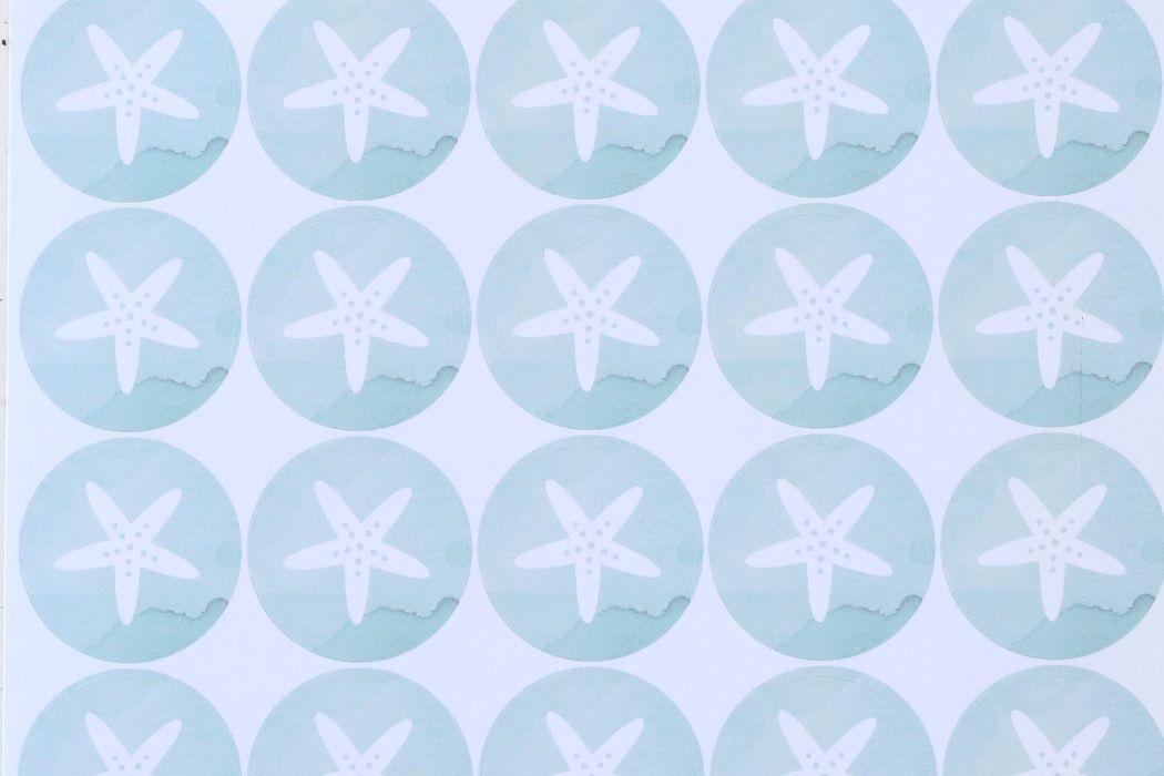 Stickers personalizzati per la confettata di un matrimonio sulla spiaggia