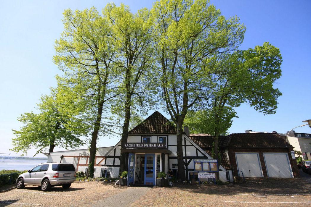 Beispiel: Außenansicht, Foto: Sagebiels Fährhaus.