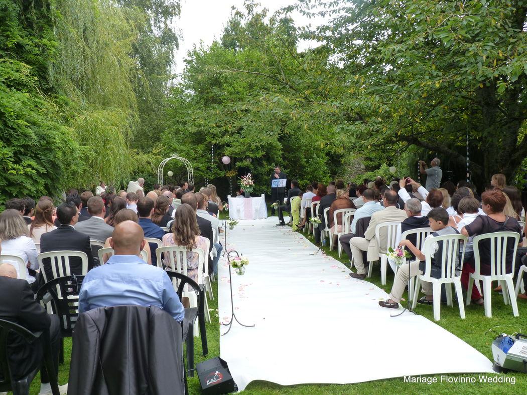 Cérémonie d'engagement par Flovinno Wedding