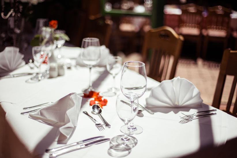 Beispiel: Tischdekoration, Foto: Wirtshaus am Rosengarten