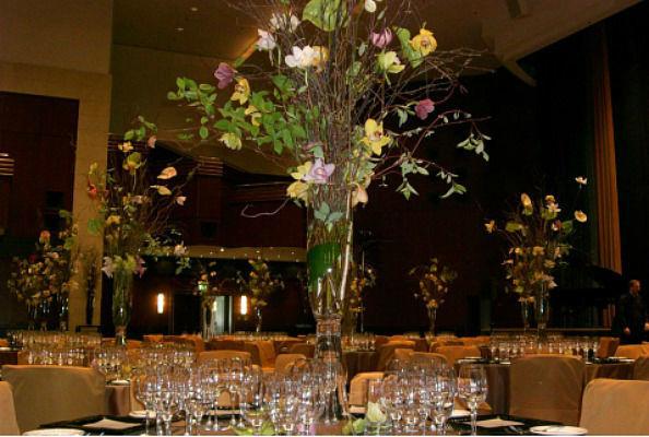 Beispiel: Tischdekoration, Foto: Flor & Decor flowers.more.