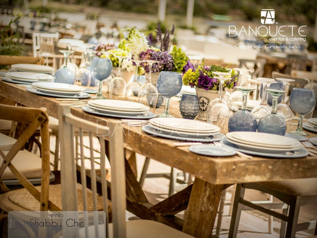 Mesa de madera natural #banqueteeventos