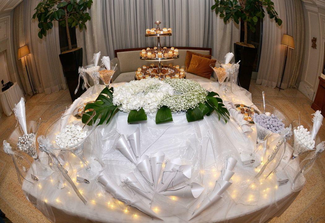 25° anniversario di matrimonio. NOZZE D'ARGENTO, confettata