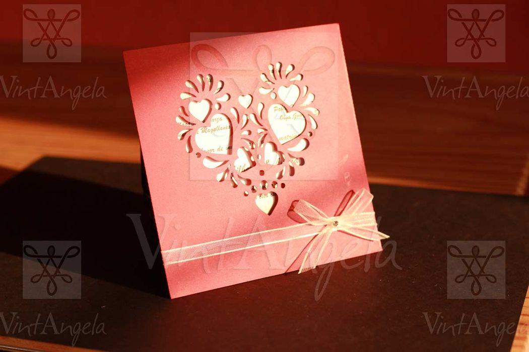 Vintangela: Invitaciones de bodas te presenta este modelo de corazon en sobre, ubicados en Cuernavaca pero envian a todo el país.
